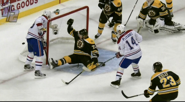 MichaelRyderSave_Bruins