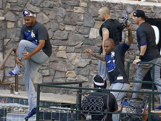 1379637510000-AP-Dodgers-Diamondbacks-Baseball